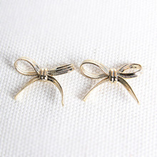Mini Ribbon Earring